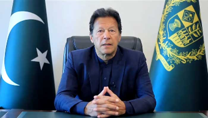 PM Imran Khan praises FBR for record revenue collection